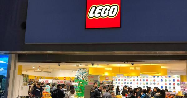玩家們,係你玩 LEGO 定 LEGO 玩你?